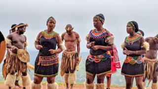 南アフリカの部族ズールー族