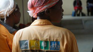 【アフリカ】現地NGOで感じるマイクロファイナンスの問題点・課題とは?