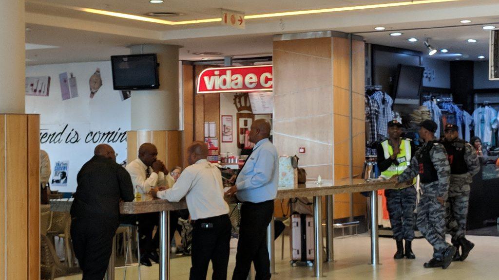ケープタウン国際空港内の治安
