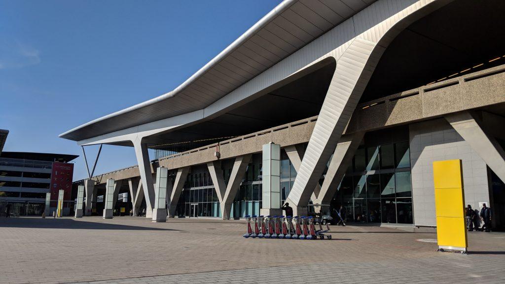 ケープタウン国際空港の外観