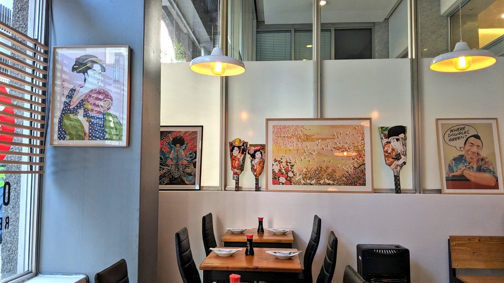 ケープタウンの日本料理屋「Obi」店内