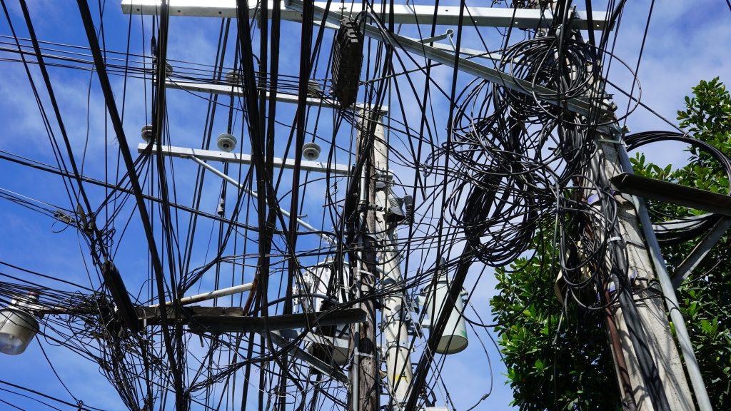 フィリピン・セブ島の電線