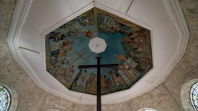 セブ島の観光名所マゼランクロスの十字架
