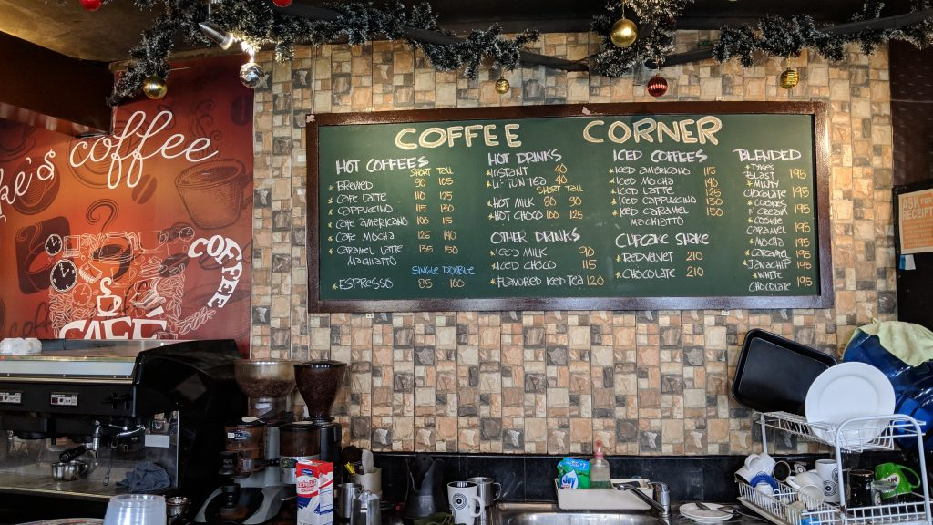 セブ島フェリー乗り場のカフェ
