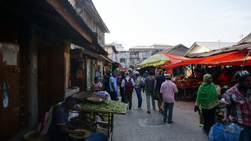 ダルエスサラームのマーケット