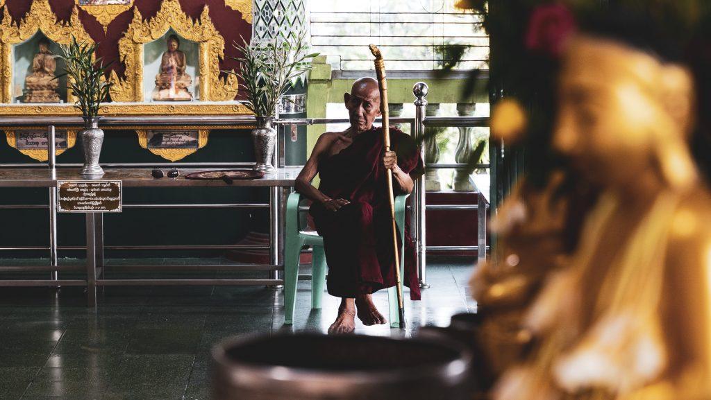 【ヤンゴン】チャウタッジー寝釈迦仏に観光