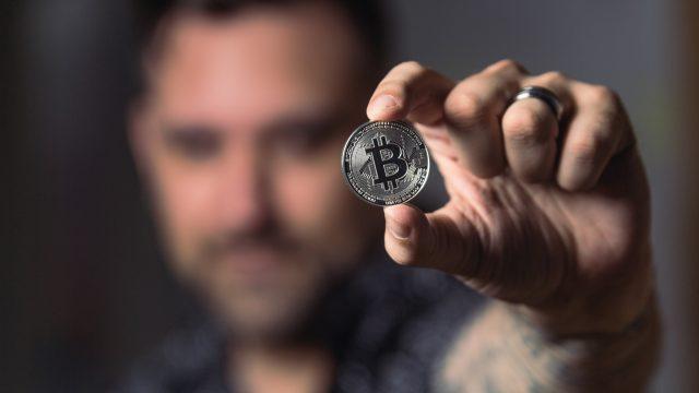 【南アフリカ】銀行と仮想通貨(ビットコイン)の送金速度、手数料を比較