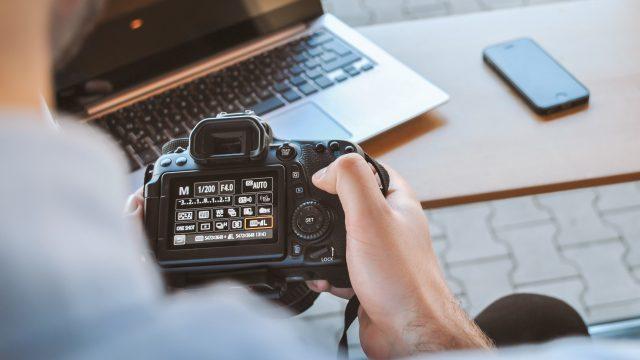 【収益報告つき】初心者が写真で稼ぐ方法を紹介【ネットがあればOK】